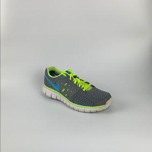 Nike Women's Flex Run Size 7 580440-012